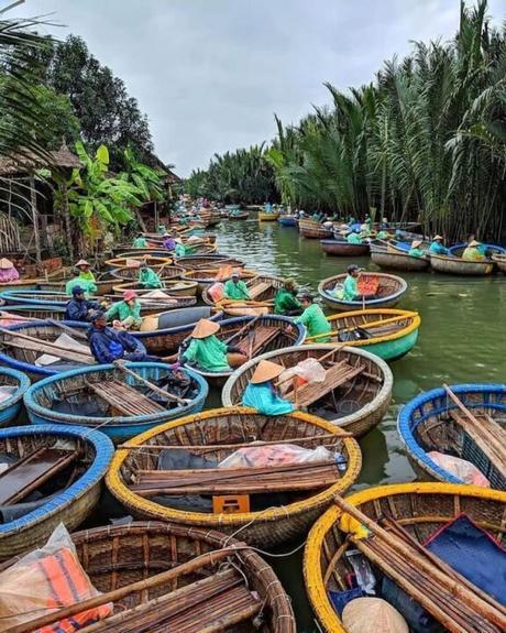 bataillon de barques rondes à Cam Thanh
