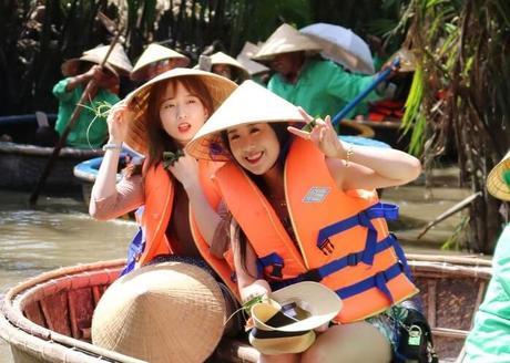touristes sud-coréens à Cam Thanh