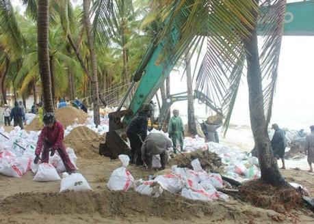 La réparation de la plage Cua Dai devient de plus en plus fréquente