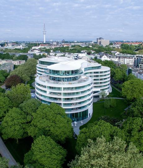 hôtel fontenay architecture circulaire luxueuse bâtiment blanc forêt