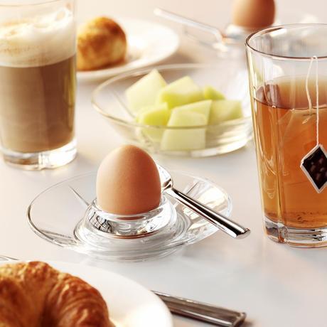 coquetier soucoupe ronde verre table petit déjeuner frais estival