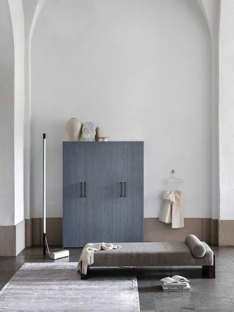 chambre épurée porte pax ikea bois bleu design Superfront
