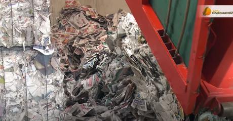 Les isolants locaux : un exemple de recyclage du papier en ouate de cellulose (vidéo)