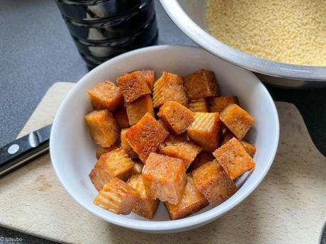 Lutsubo express – Wok de chou et de « tofu gelé »