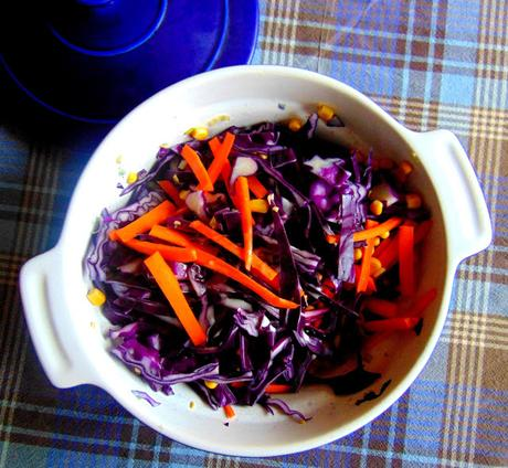 Salade de chou rouge et maïs