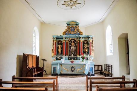 L'intérieur de la chapelle Saint-Brice à Oltingue - licence [CC BY-SA 4.0] from Wikimedia Commons