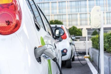 Ce qu'il faut savoir avant d'acheter une voiture électrique