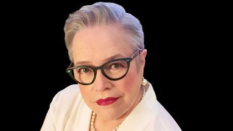 Kathy Bates au casting de Are You There God? It's Me, Margaret signé Kelly Fremon Craig ?