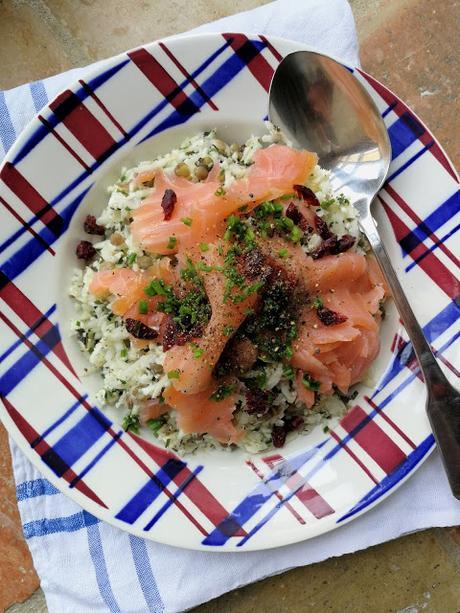 Taboulé de chou-fleur aux lentilles & saumon fumé