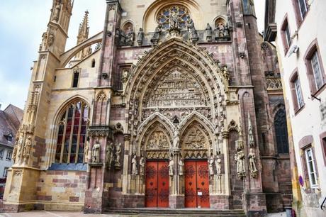 Le portail occidental de la Collégiale St Thiébaut à Thann © French Moments