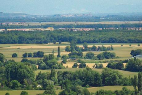 Vue sur la plaine d'Alsace et Vieux-Brisach (Allemagne) © French Moments