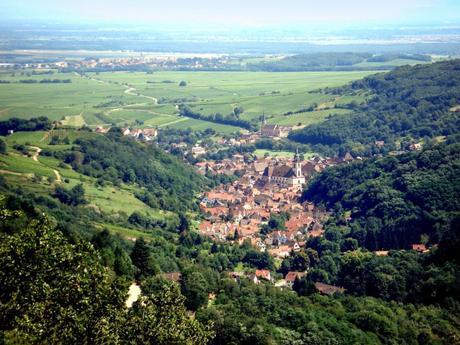 Vue générale d'Andlau depuis le Spesbourg [Domaine Public]