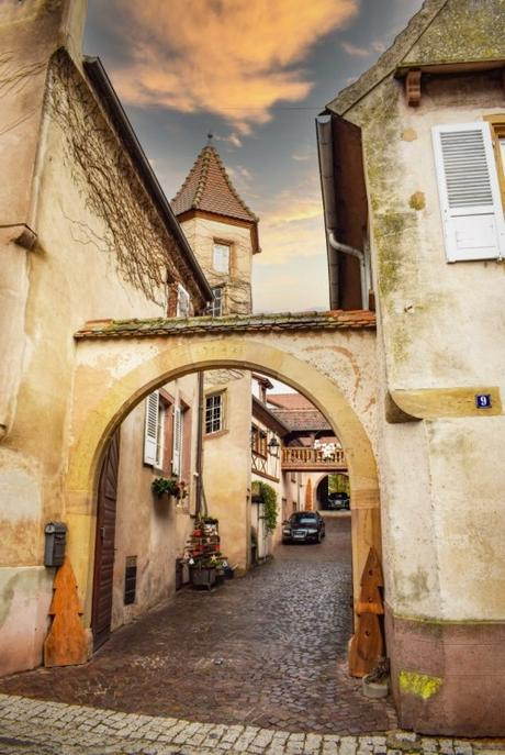 Mittelbergheim - Maison d'Andlau, rue Principale © French Moments