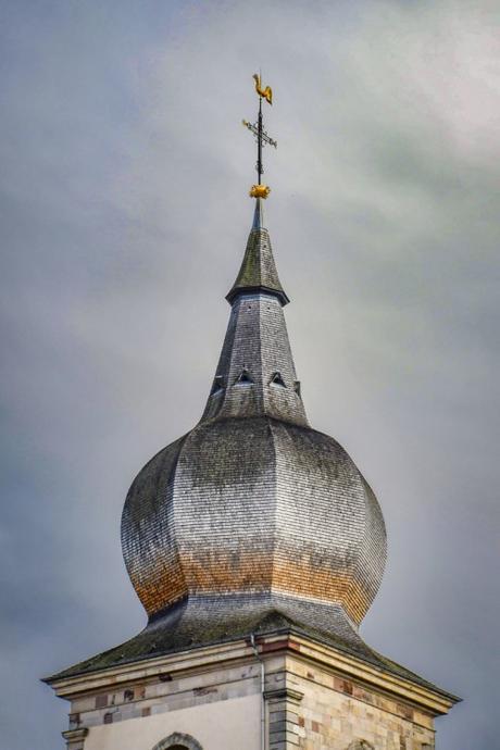 Clocher-bulbe de l'église abbatiale de Remiremont © French Moments