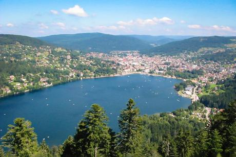 Le lac de Gérardmer © Christian Amet - licence [CC BY 2.5] from Wikimedia Commons