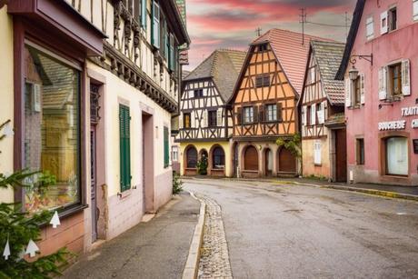Village d'Alsace - Andlau, Rue du Général de Gaulle © French Moments