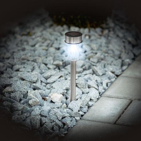 lampe solaire pic à planter pot caillou led panneau lumière jardin gravier