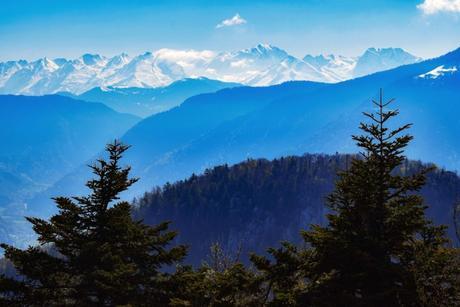 Le massif du Mont-Blanc vu du mont Baron © French moments