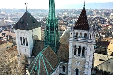 Genève - La cathédrale Saint Pierre © Bernard Vogel - licence [CC BY-SA 4.0] from Wikimedia Commons