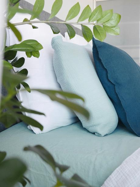 créer déco camaïeu bleu blanc vert céladon chambre