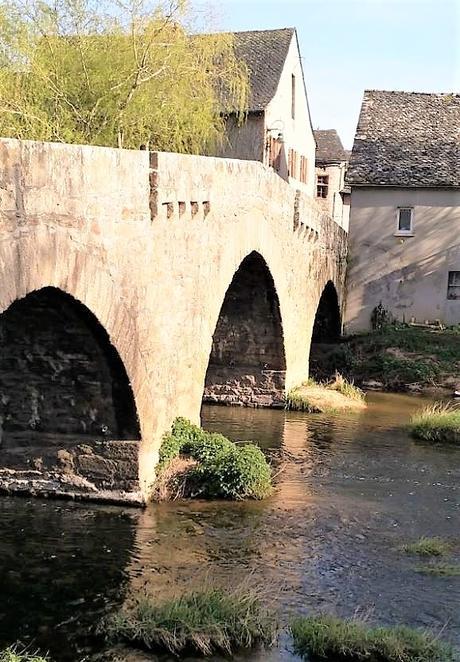 Andre Marie Vergnes Rodez Layoule Le pont 2021