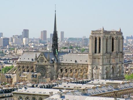 Vue de la cathédrale depuis la tour Saint-Jacques © French Moments