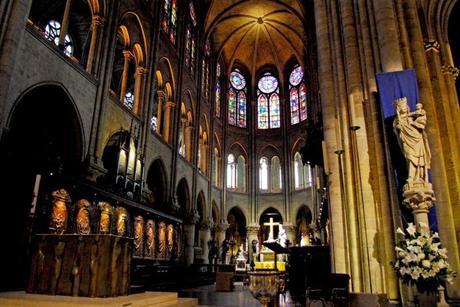 Le chœur de la cathédrale de Paris © French Moments