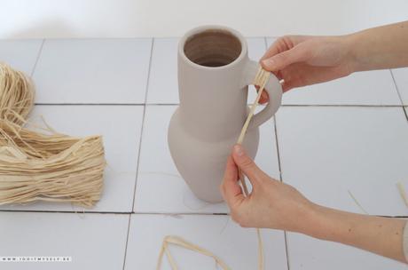DIY : Cruche raffia