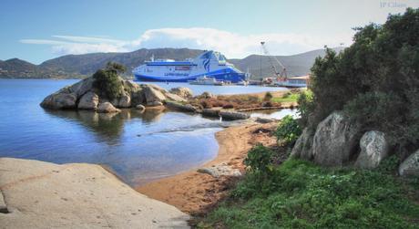 Ferry en Corse