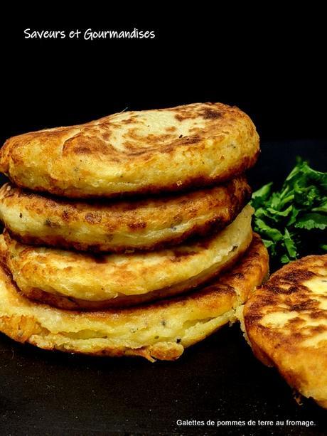 Galettes de pommes de terre aux fromages.