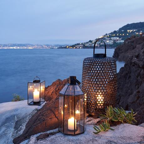lanterne noire bougie deco extérieure paysage mer