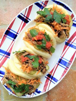 Pan bao à l'effilochée de porc