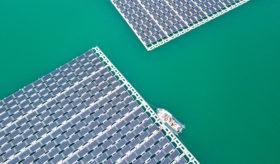 bouygues Construction Piolenc panneaux flottants