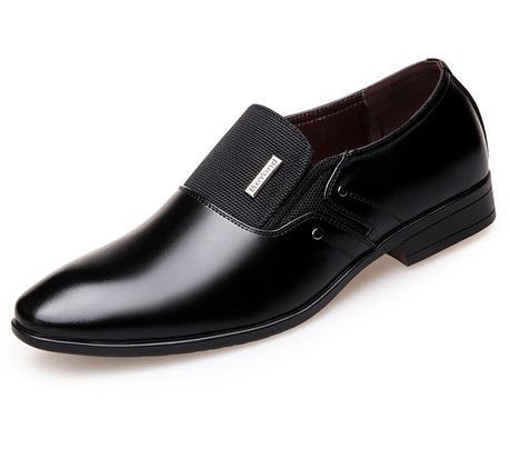 chaussure homme noire allongée