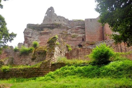 Châteaux-forts d'Alsace : le Fleckenstein © French Moments