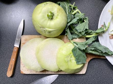 Sublimé – Chou-rave rôti sauce tomate (et tofu croustillant)