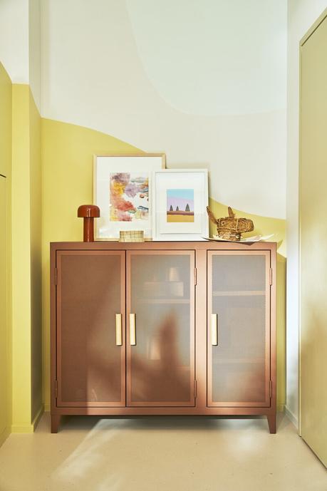 Tolix élargit sa gamme de mobilier perforé