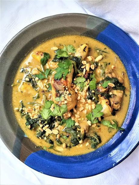 Cuisses de poulet au curry & aux épinards