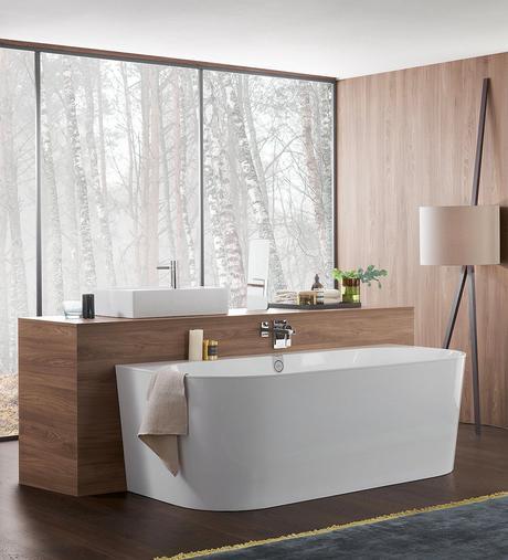 salle de bains zen baignoire ilot bois