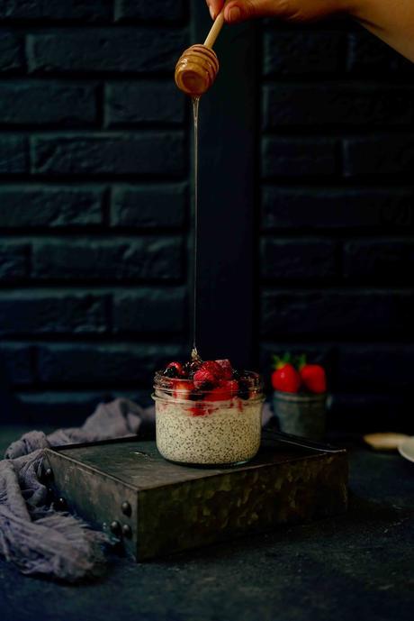 graines de chia , pudding du petit déjeuner
