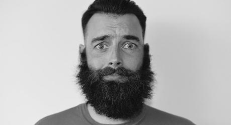 Conseils et bons outils (Max-Barber) pour stimuler votre barbe