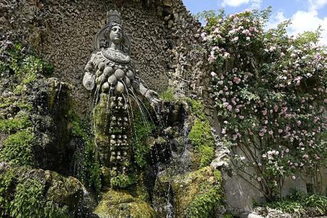 Villa_d'Esté_-_Fontaine_de_Diane_d'_Ephèse (1)