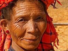 """Birmanie, pendant certains sentent """"soulagé"""", d'autres n'ont tout simplement assez manger!"""