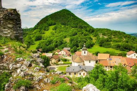 Village de Chaumont en Haute-Savoie © French Moments