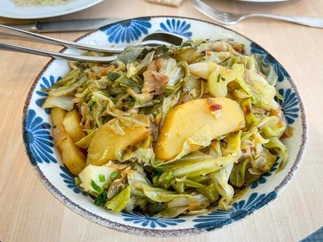 Le flow – Cocotte de chou pointu et pomme de terre