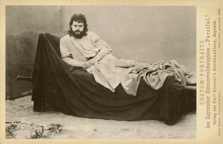 Bayreuth — 09.08.1888 — Kaiserin Elisabeth und Marie Valerie  besuchen Parsifal — Sissi et sa fille Marie Valérie assistent à une représentation de Parsifal