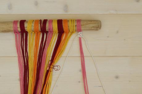 étapes détaillées Décoration murale en macramé nouage corde coton