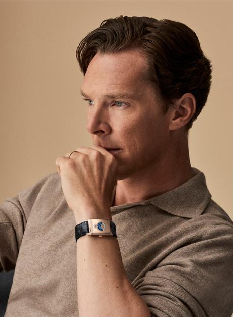 Jaeger-LeCoultre: Benedict Cumberbatch porte la montre Reverso Tribute Nonantième