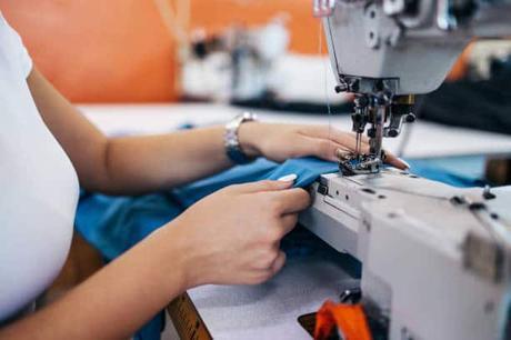 coudre à la machine un petit panier en tissu pour le rangement tuto couture facile