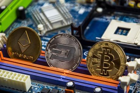 Le futur de la crypto monnaie : va-t-on tous payer en bitcoin dans 20 ans ?